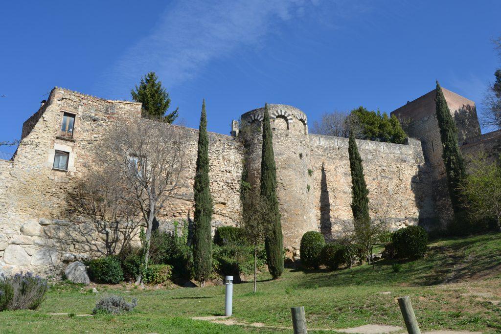 Vistas de la muralla de gerona