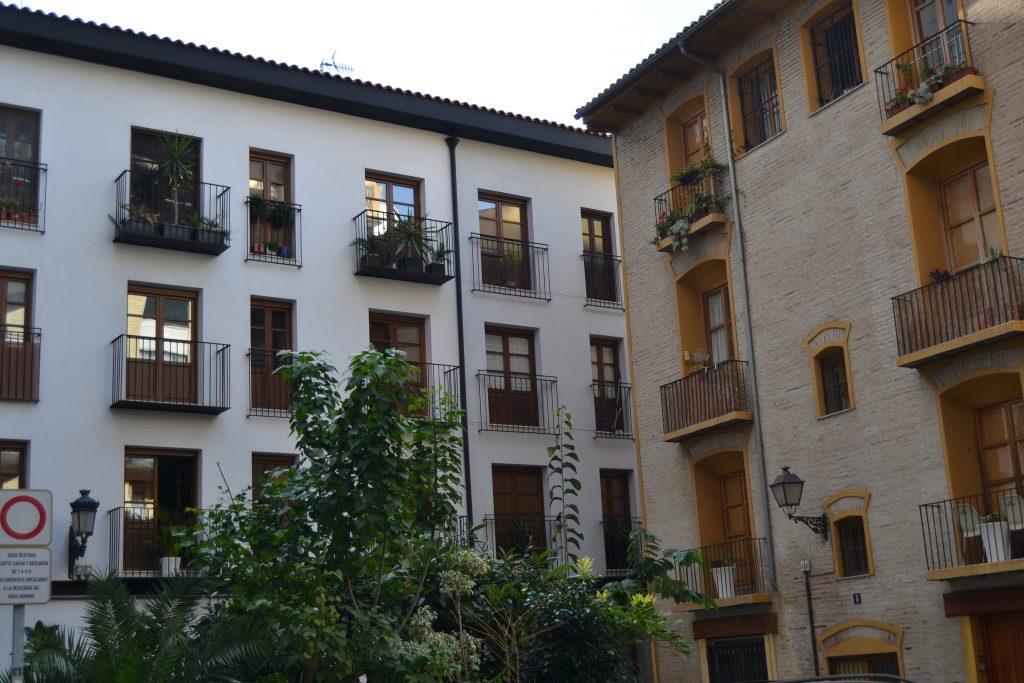 Plaza en el barrio de velluters en Valencia