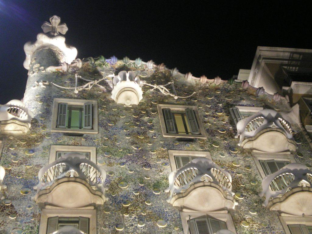 Vista nocturna de la Casa Batlló