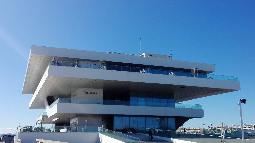 Edificio Veles e vents en el Puerto de Valencia